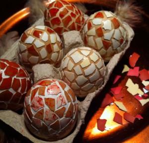 Ostereier Mosaik Eierschalen