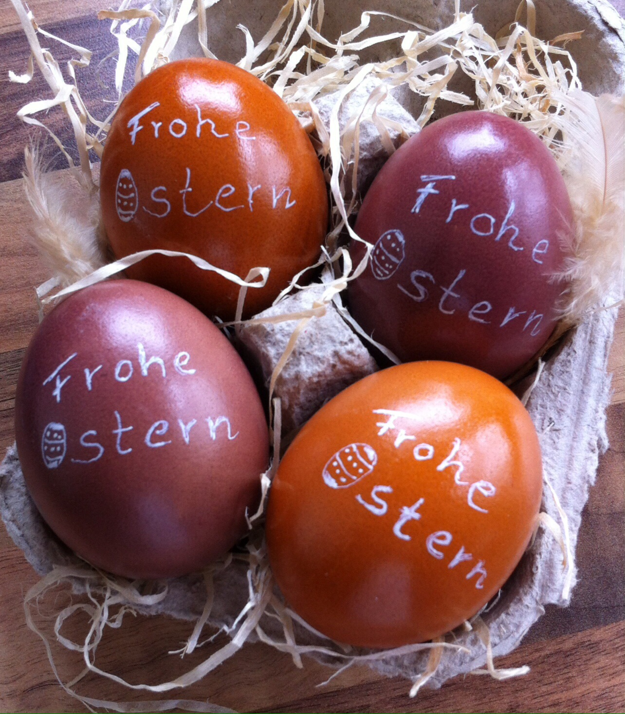 Frohe Ostern Handlettering