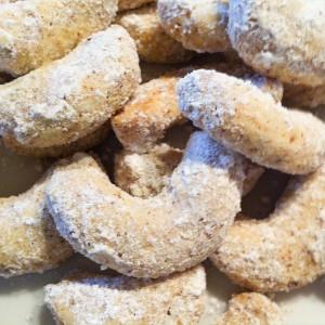 Vanillekipferl glutenfrei ohne Mehl Mondamin Rezept Weihnachtsplätzchen