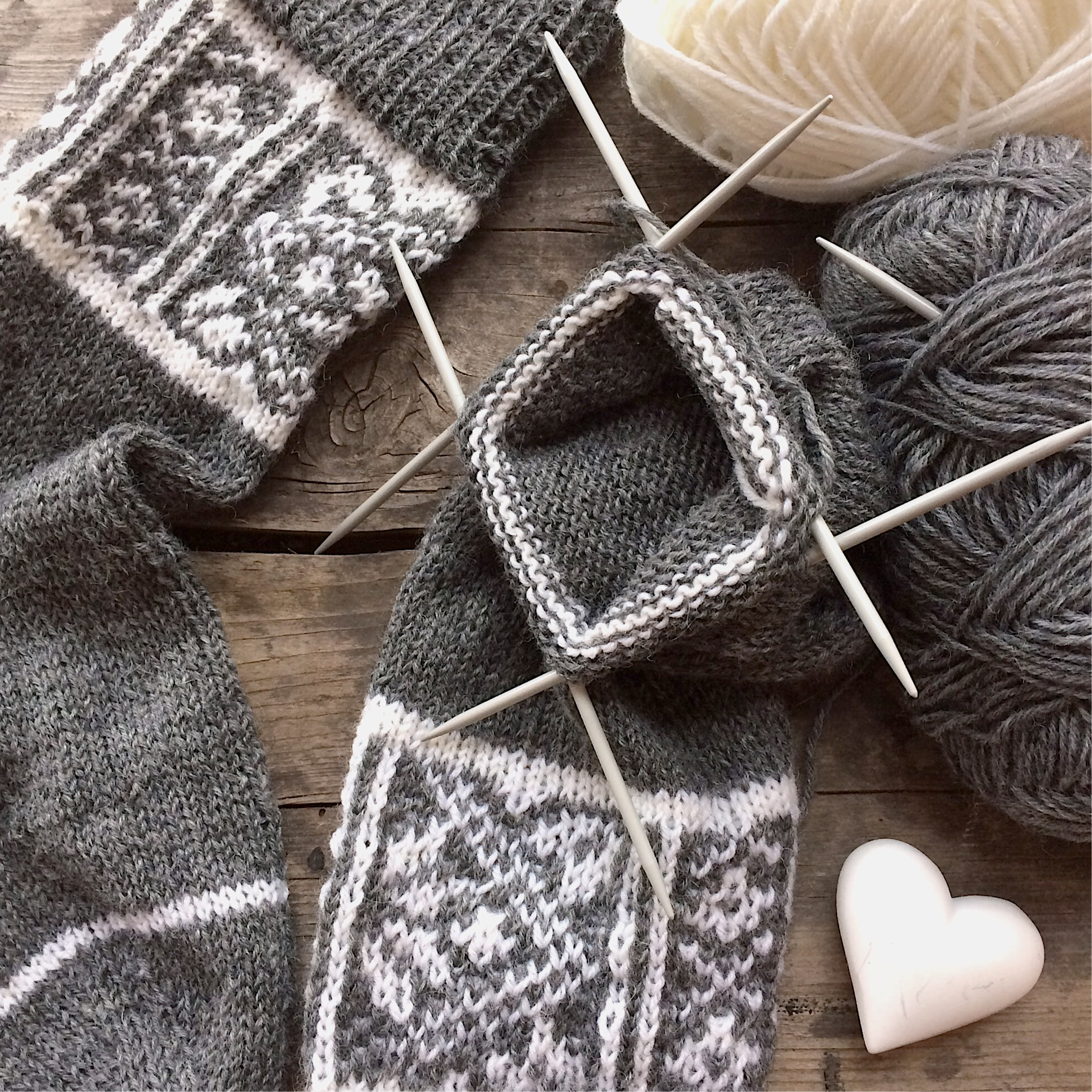 fair isle socken stricken norweger strickmuster anleitung glutenfreie rezepte kreative ideen. Black Bedroom Furniture Sets. Home Design Ideas