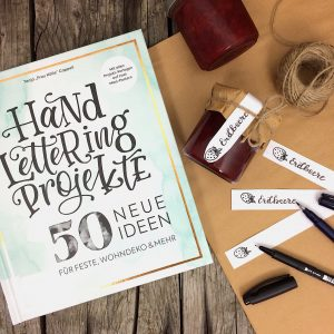 Handlettering Frau Hölle EMF Verlag