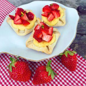 Quarkplunderstücke mit Erdbeeren glutunfrei Rezept